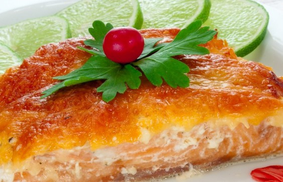 Горбуша с овощами под сыром в духовке рецепты
